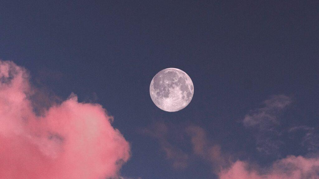 moon wallpaper for laptop