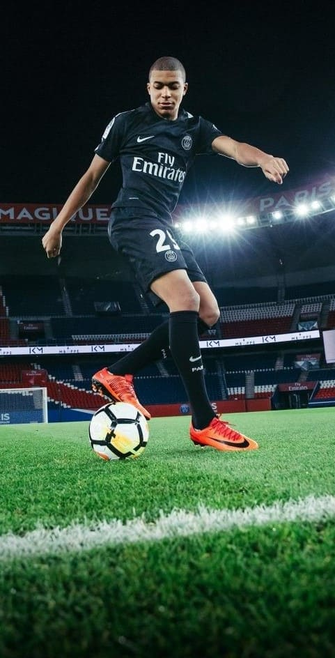 Kylian Mbappe Pictures