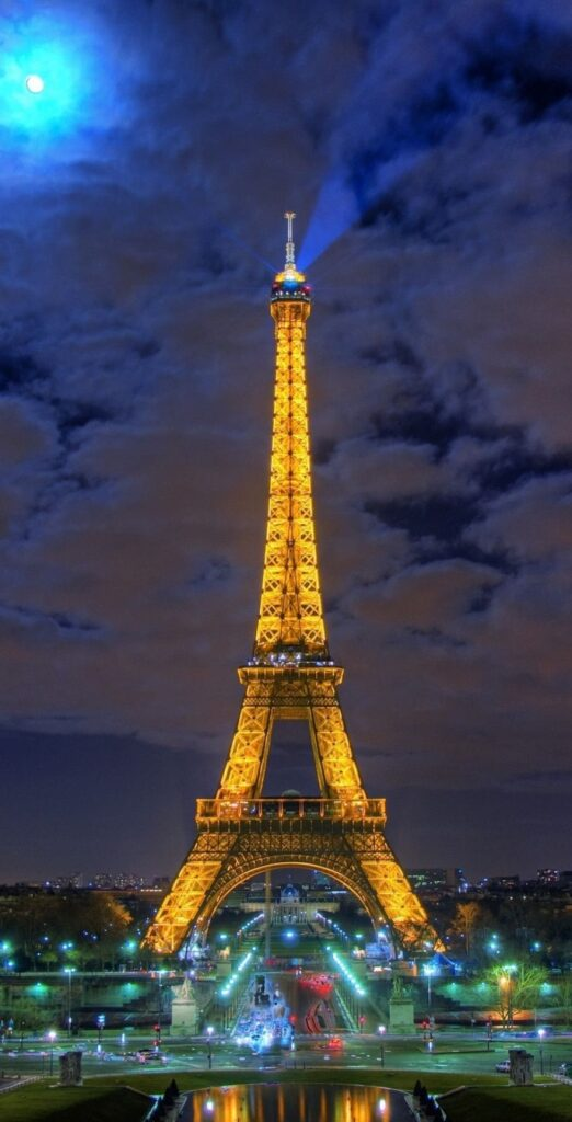 Eiffel Tower Wallpaper For Iphone 12