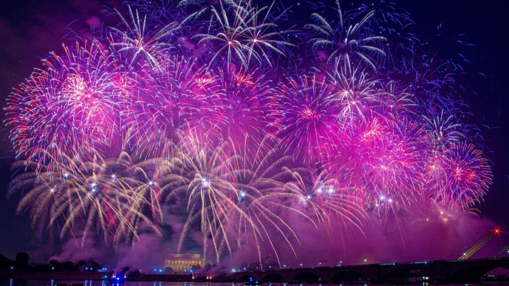 fireworks desktop wallpaper